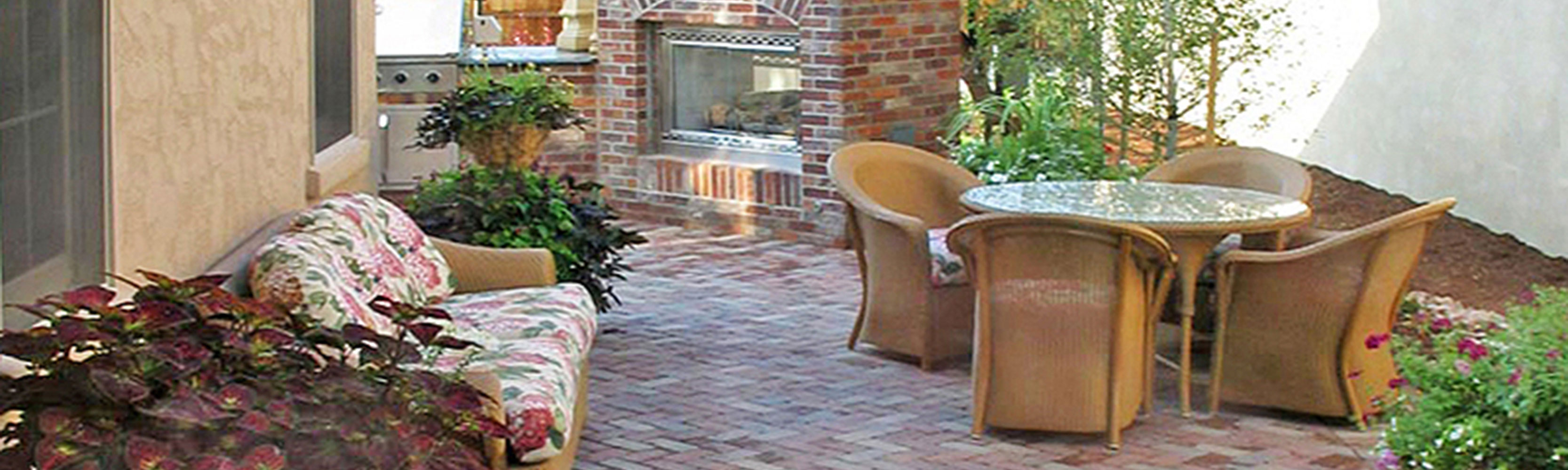Our Stylish Paving Brick Can Help Make Your Landscape Warm And Inviting Offering Durability Great Looks A Wide Variety Of Lasting Colors